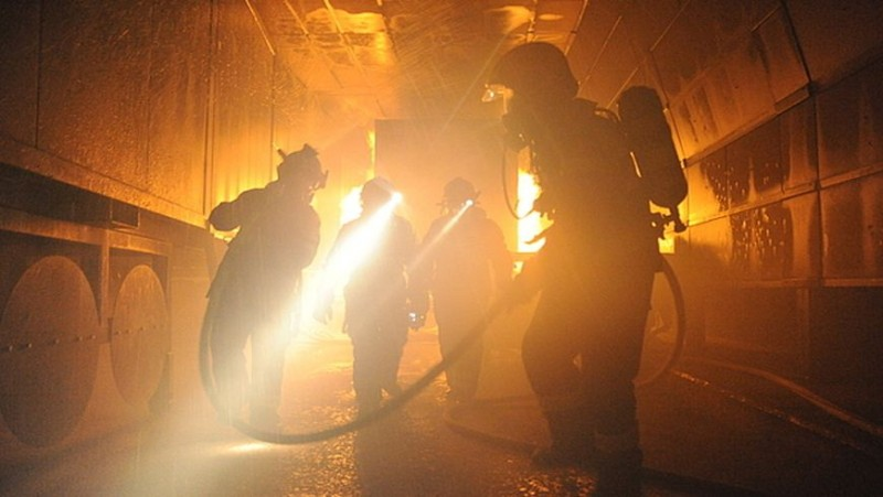 In tunnel fires, concrete can be a major hazard, not at least for rescue groups.