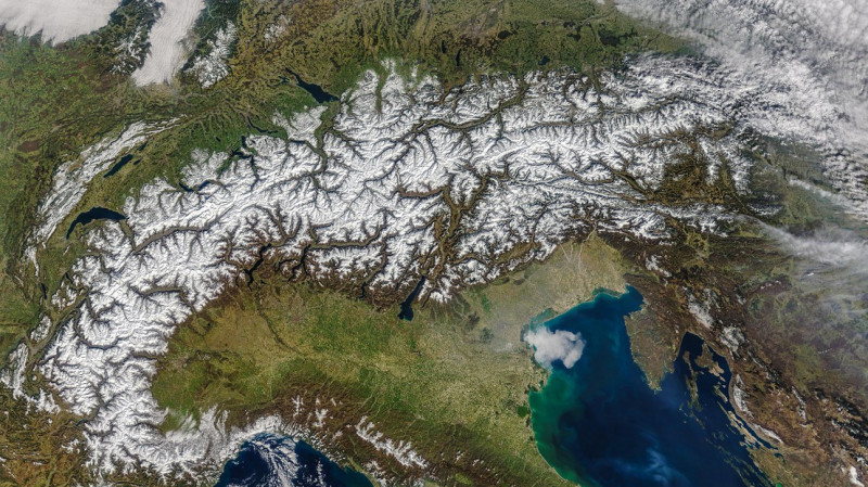 Overview of the Alps. © NASA.GOV