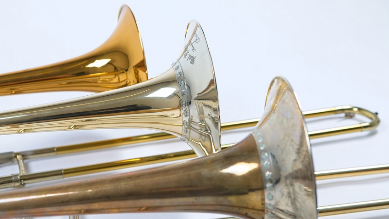 The historical original (front) of a romantic trombone was compared by acoustics