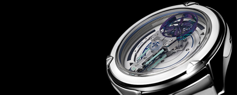 The minute hand of this watch prototype is made of glass and filled with a fluor