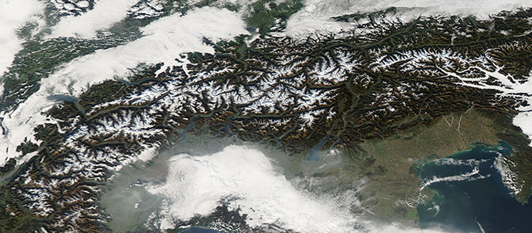 From October to March, large parts of the Swiss Plateau and the Po-Plain may be