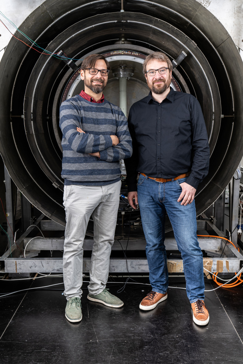 Physicists Philipp Schmidt-Wellenburg (left) and Georg Bison, scientists at the