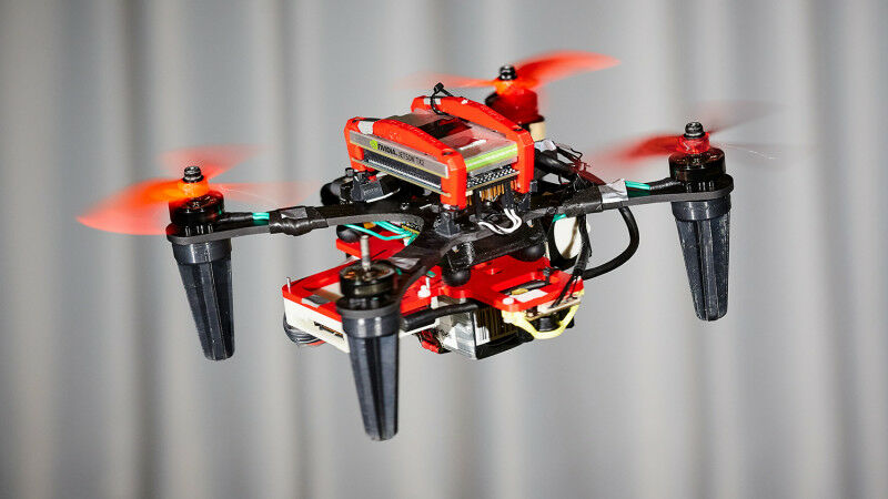 When one rotor fails, the drone begins to spin on itself like a ballerina. (Pict
