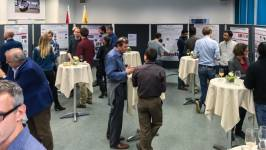 Poster session at the Technology Briefing in Thun: guests from industrial compan