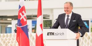 Andrej Kiska visited the H�nggerberg campus at ETH Zurich. (all photos by A. De