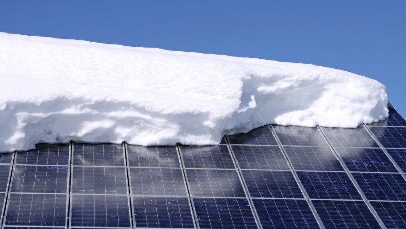 Increased amounts of solar energy require bridging a seasonal gap.